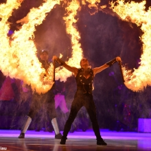 Art on Ice 2014 cirque-style-fire-show-spectacular-unique-acts