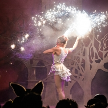 fire shows london - circus acts from circus de soleil