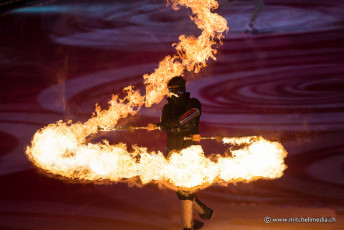 fire-dance-circus-acts-specialist-performers-from-spark-fire-dance-at-art-on-ice-2014
