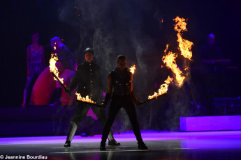 Art on Ice 2014 fire-performers-from-london-arena-production-custom-effects-artists