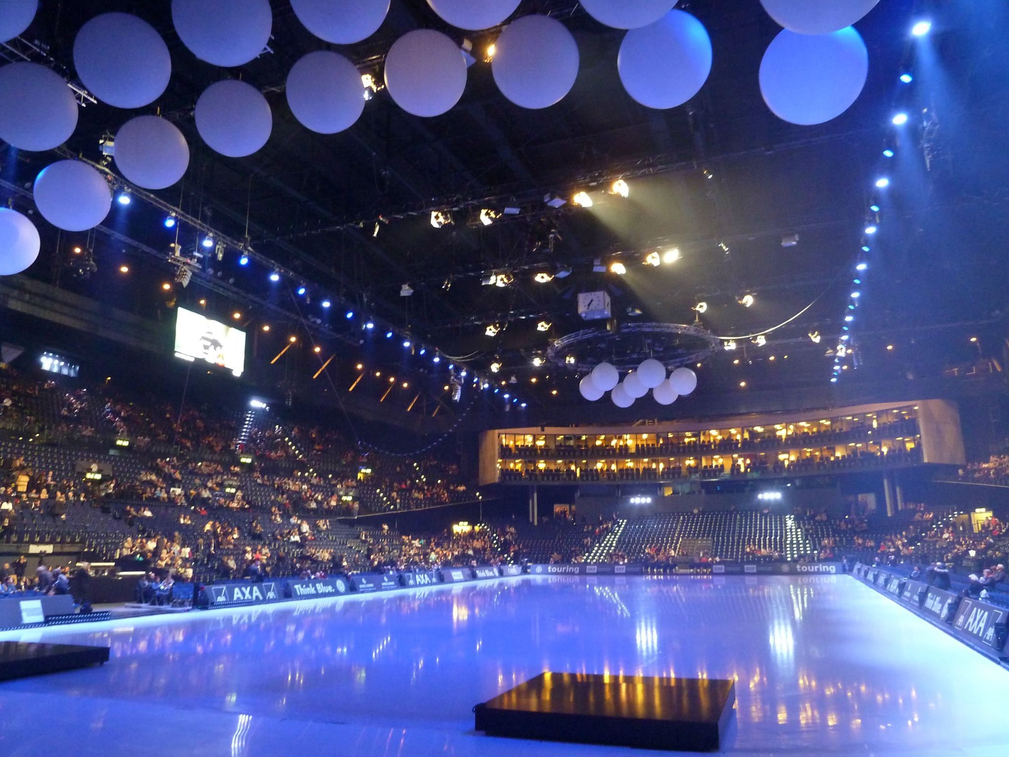 Art on Ice Zurich 2014 Production with Spark Fire Dance