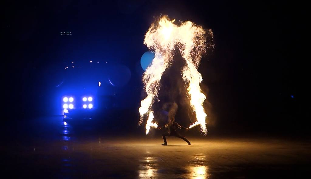 fire juggling, corporate event entertainment, firegroup, Cirque Bijou, fire act, fire spinner, Fire Spark, fire performers, corporate entertainer